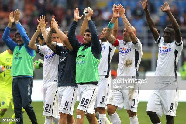 The players of the Empoli FC celebrate a victory at the end of the Serie A match between AC Milan and Empoli FC at Stadio Giuseppe Meazza on April 23...