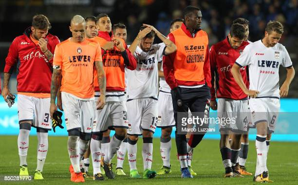 The players of the FC Crotone show their dejection at the end of the Serie A match between Atalanta BC and FC Crotone at Stadio Atleti Azzurri...