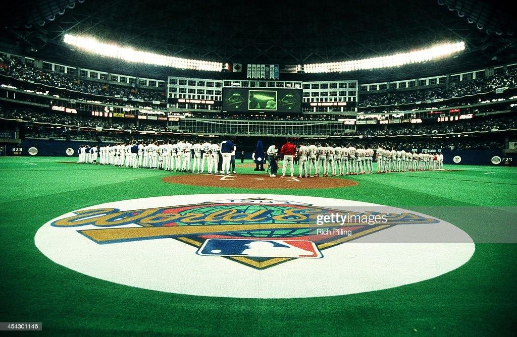 World Series - Philadelphia Phillies and Toronto Blue Jays - Game One : News Photo