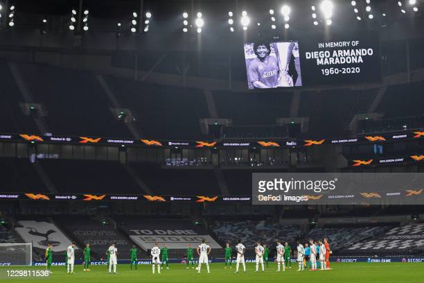 The players of Tottenham Hotspur and the players of Ludogorets form a circle during the UEFA Europa League Group J stage match between Tottenham...