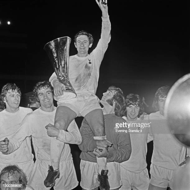 The players of Tottenham Hotspur FC celebrate their win in the second leg of the 1972 UEFA Cup Final, after a match against the Wolverhampton...