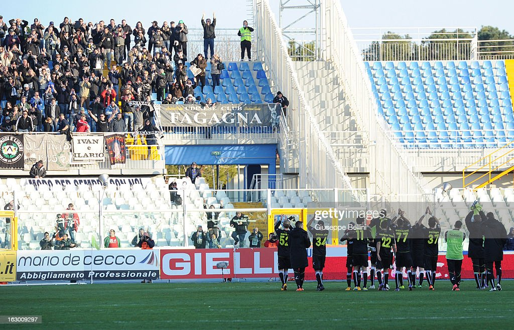 The players of Udinese celebrate the victory after the Serie A match between Pescara and Udinese Calcio at Adriatico Stadium on March 3, 2013 in Pescara, Italy.