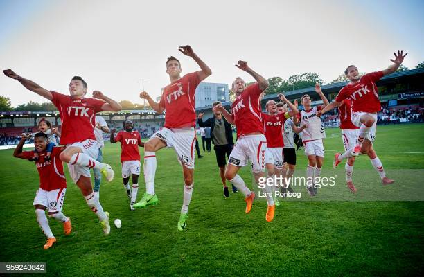 The players of Vejle Boldklub celebrate after the Danish NordicBet Liga match between Vejle Boldklub and FC Fredericia at Vejle Stadion on May 16...