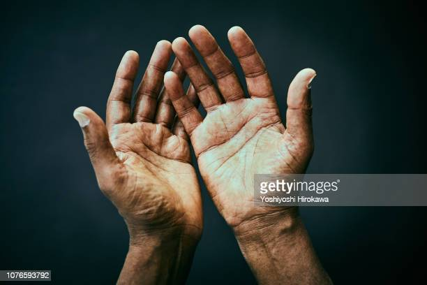 the point of view of looking own hands. - hand bildbanksfoton och bilder