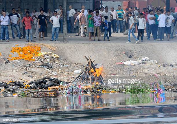 The pollution in river Yamuna on the rise from Wazirabad to ITO Bridge on September 16 2015 in New Delhi India Kapil Mishra Delhi Tourism Minister...