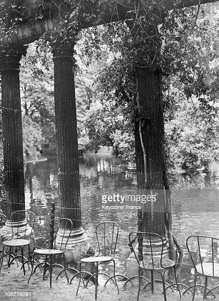 The Pond At The Bois De Boulogne 1934