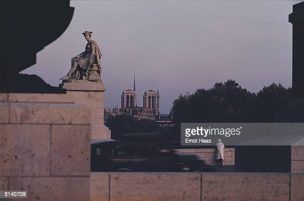 The Pont du Carousel in Paris with the cathedral of Notre Dame in the background Colour Photography book