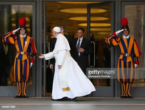 The pontiff Francis greeting the Swiss Guards during the meeting Tra l'universitÌÊ e la scuola un muro o un ponte Vatican City 29th May 2016