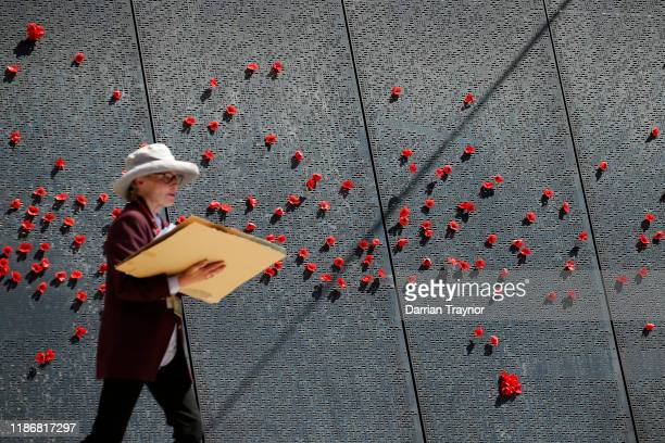 The Poppy wall at the Shrine of Remembrance on November 11 2019 in Melbourne Australia Remembrance Day 2019 marks 101 years since the Armistice that...