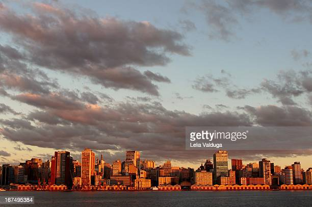 the port in porto alegre, view the guaiba - porto alegre stock pictures, royalty-free photos & images