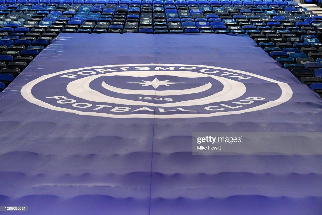 Portsmouth v Lincoln City - Sky Bet League One : Fotografía de noticias