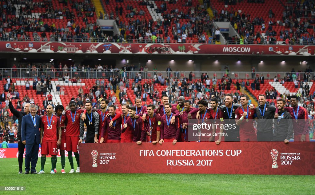 Portugal v Mexico: Play-Off for Third Place - FIFA Confederations Cup Russia 2017 : Fotografía de noticias