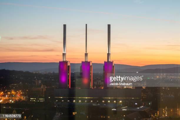 the power plant warme brüder in sunset - hannover stock-fotos und bilder