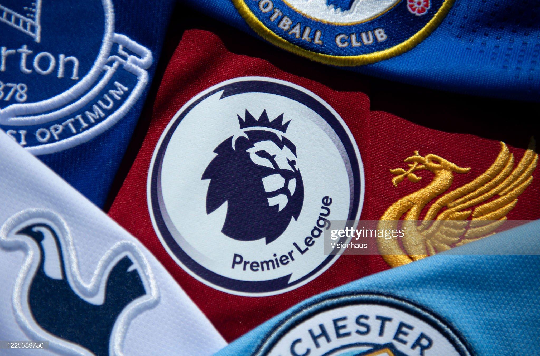 Premier League Logo With Club Shirts : ニュース写真