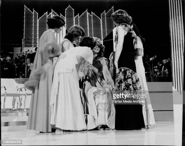 The premier Mr N Wran crowning Miss Australia 1978 Miss Victoria Gloria Krope October 26 1977