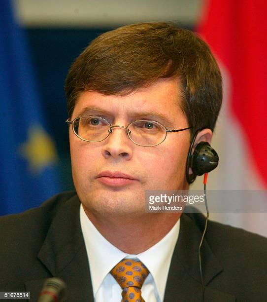 The Presidency's, Jan Peter Balkenende gives a Press conference at the European Council during the EU Summit on November 4, 2004 in Brussels,...