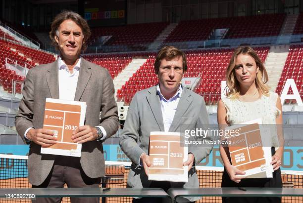 The President and CEO of Madrid Trophy Promotion, Gerard Tsobaniann; the Mayor of Madrid, Jose Luis Martinez-Almeida; and the Delegate for Culture,...
