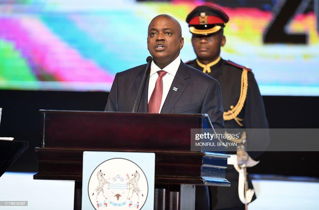 BOTSWANA-POLITICS-INAUGURATION : News Photo