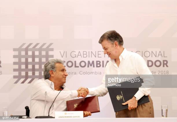 The president of Colombia Juan Manuel Santos poses with the Ecuadorian president Lenín Moreno after the signing of several agreements during the...