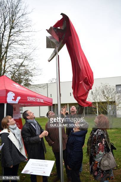 The President of Poitiers's University Yves Jean and members of the 'Les amies des Femmes de la Liberation' association inaugurate on November 24...