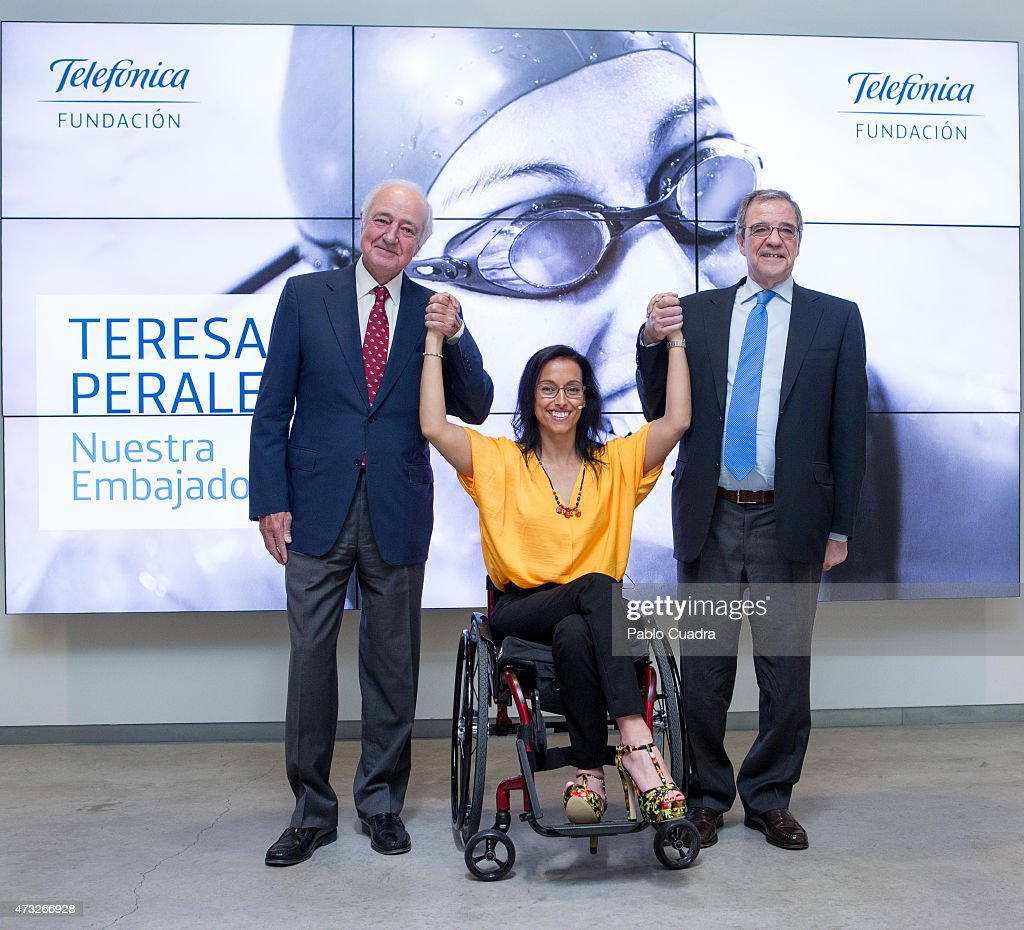 The President of Telefonica (R) and Teresa Perales (C) attend a press conference as she is announced as the new Fundacion Telefonica ambassador on May 14, 2015 in Madrid, Spain.