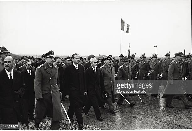 The President of the Council of Ministers Aldo Moro and the Italian Minister of Defence Roberto Tremelloni surrounded by high officers of armed...