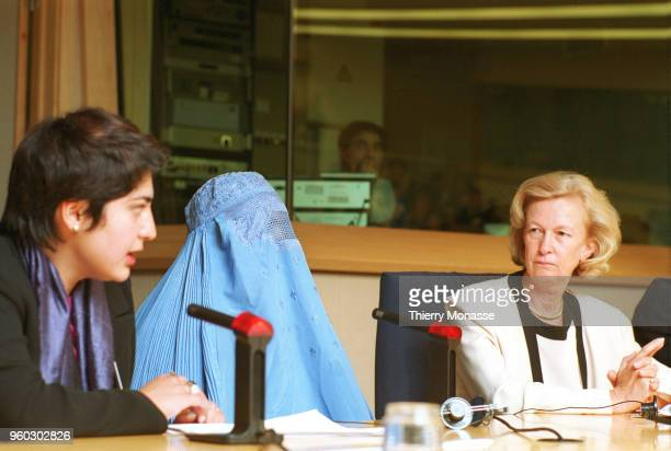 BRUSSELS BELGIUM MAY 3 2001 The President of the European Parliament Nicole Fontaine Nicole Fontaine reiceves 3 women from Afghanistan who left...