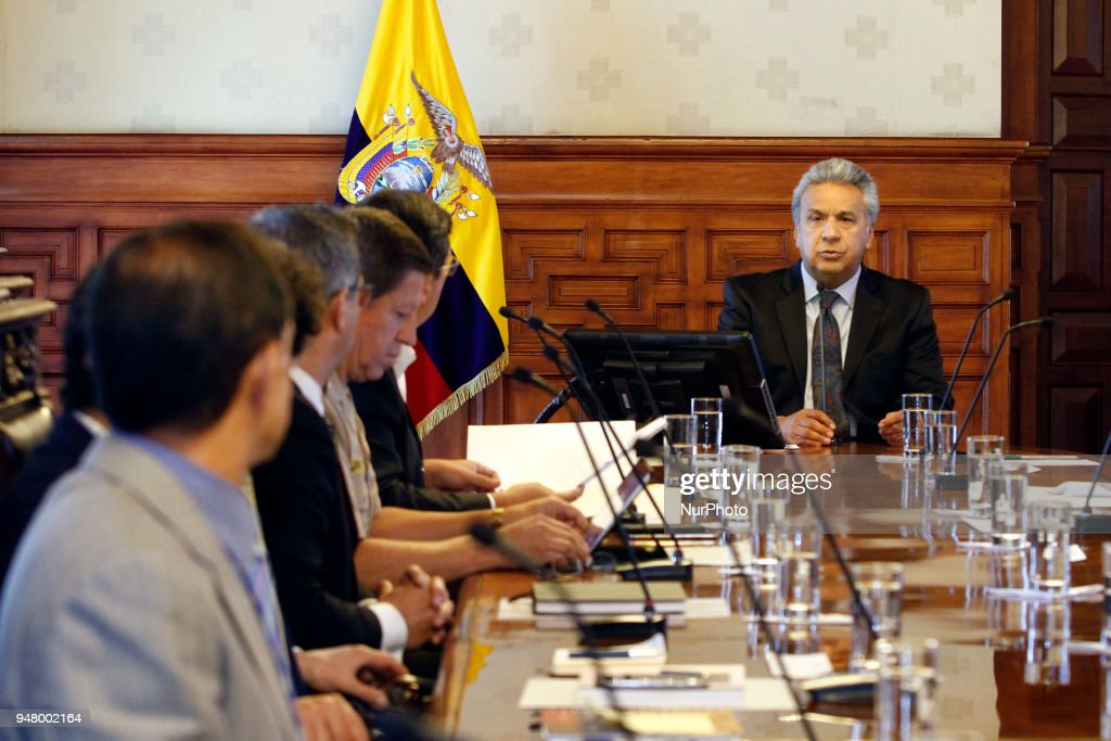 Ecuador says two more kidnapped on Colombia border