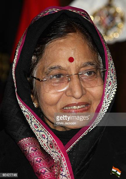 The President of the Republic of India Prathibha Devi Singh Patil arrives at the Guildhall for a banquet on the second official day of her State...