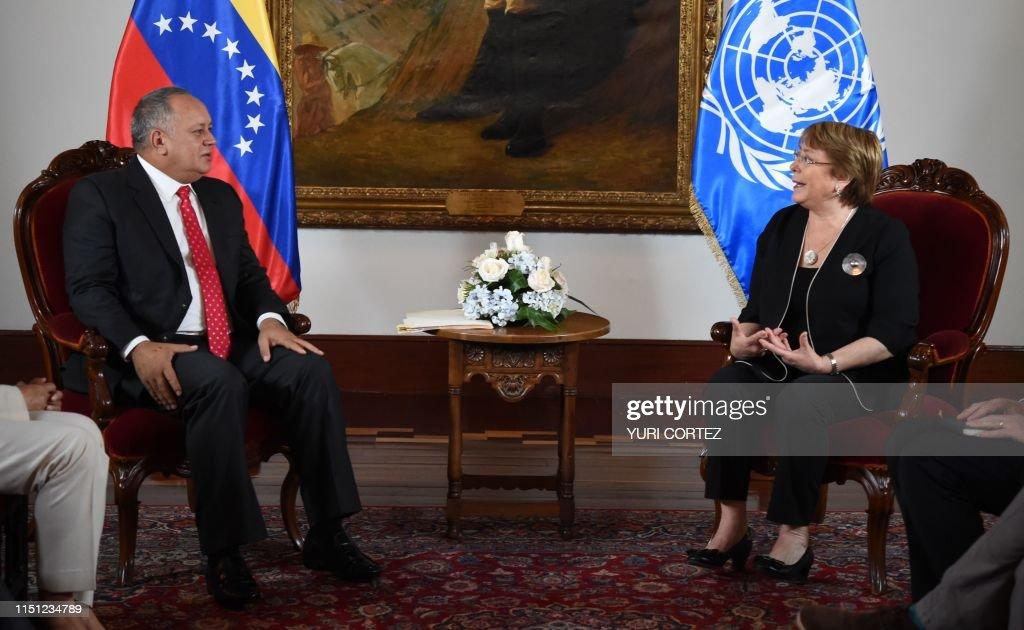 VENEZUELA-CRISIS-UN-CABELLO-BACHELET : News Photo