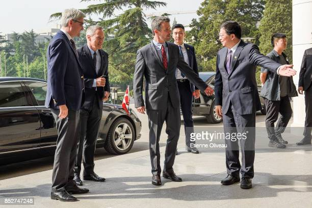 The President of Tsinghua University, Professor Qiu Yong welcomes Crown Prince Frederik of Denmark along with Danish Minister of Higher Education,...