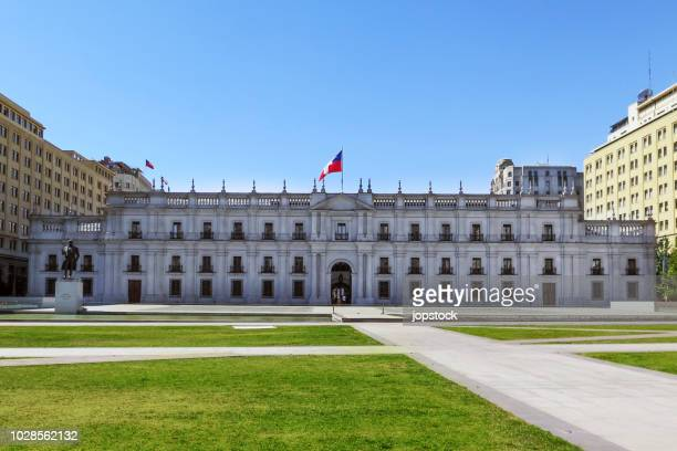 the presidential palace in santiago de chile - santiago chile stock pictures, royalty-free photos & images