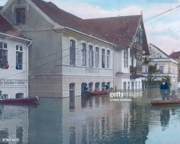 The pretty town has to endure all sorts of flooding in the rainy season Since the water is often so high that you can ride in boats through the...