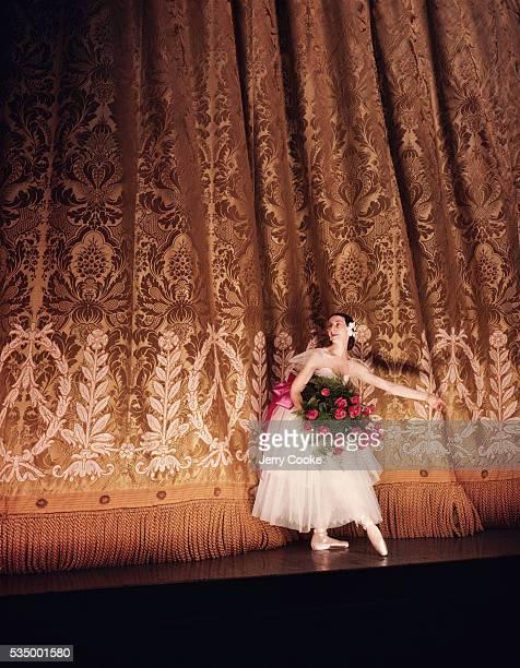The prima ballerina Alicia Markova takes a bow after a performance at the Old Metropolitan Opera in Manhattan.