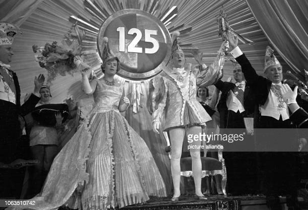 The prince and princess are enthroned on occasion of the 125th anniversary of the Mainz Carnival Club on 11 January 1963 at Kurfürstliches Schloss in...