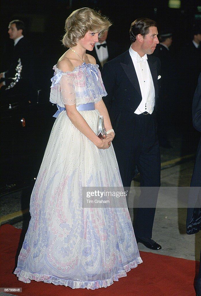 Charles & Diana Royal Variety : News Photo