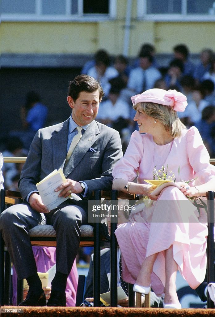 The Prince and Princess of Wales sit together during their f : News Photo