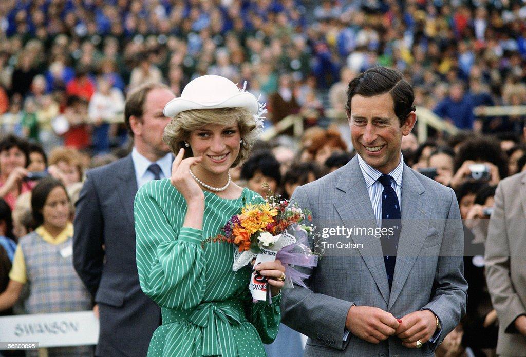 Charles & Diana Visit New Zealand : News Photo