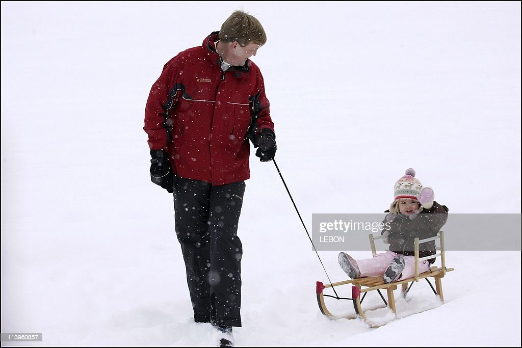 H.R.H. the Prince of Orange, H.R.H. Princess Maxima, H.R.H. Princess Catharina-Amalia and H.R.H. Princess Alexia in Lech for skiing Holiday In Lech, Austria On February 26, 2006- : News Photo
