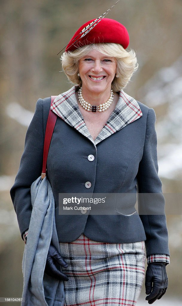 The Prince Of Wales & Duchess Of Cornwall Attend A Service At Crathie Church On Their Wedding Anniversary : ニュース写真