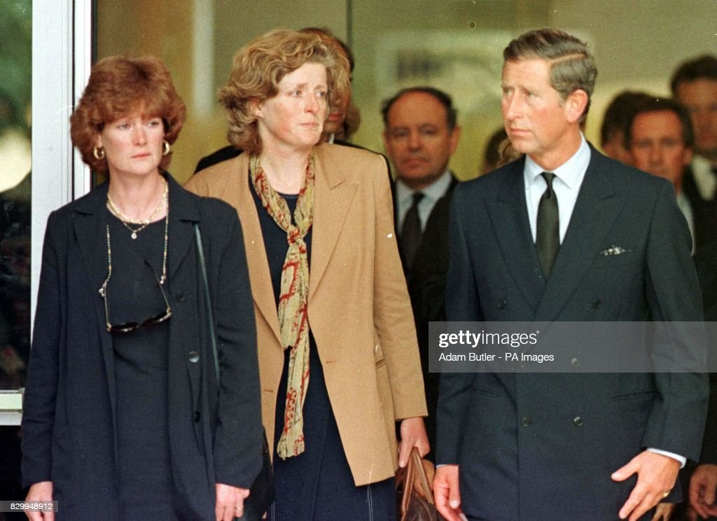 CHARLES/ Diana's Sisters : News Photo