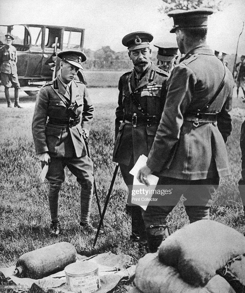 The Prince of Wales with George V, at a gas school during the First World War, 1914-1918. : News Photo