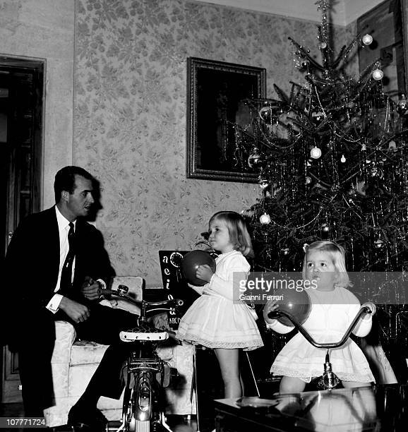 The princes Juan Carlos of Borbon and Sofia of Greece celebrate Christmas 1967 at the Zarzuela Palace with his daughters Elena /L to R and Cristina...