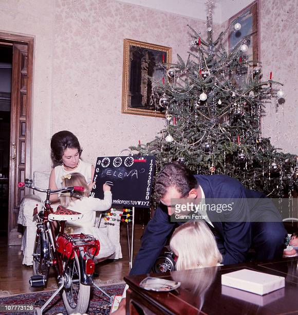 The princes Juan Carlos of Borbon and Sofia of Greece celebrate Christmas 1967 at the Zarzuela Palace with her daughters Cristina and Elena Madrid...