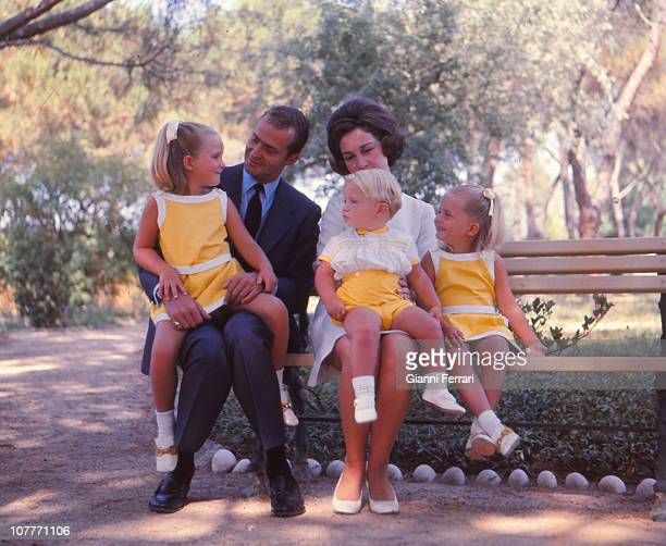 The princes of Spain Juan Carlos and Sofia of Borbon witth their three sons Elena Felipe and Cristina in the garden of the Palace of Zaruela Madrid...