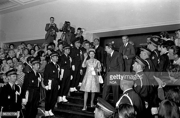 The princess Margaret of England and Tony ArmstrongJones Festival of Cannes 1966 HA18009