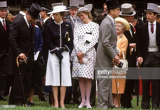 The Princess of Wales and the Princes Royal at the Epsom Derby races, June 1986. Princess Diana wears a dress by Victor Edelstein and hat by...