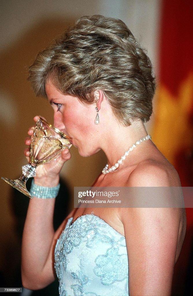Princess Diana : News Photo