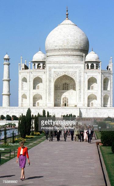 The Princess of Wales at the Taj Mahal in Agra India February 1992 Diana wearing a suit by Catherine Walker walks alone but is followed by an...