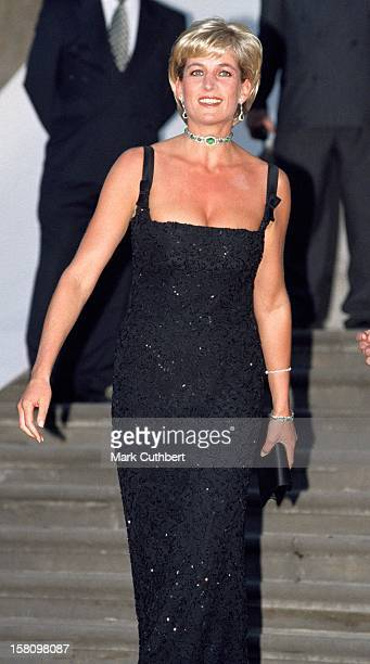 The Princess Of Wales Attends A Gala Dinner At The Tate Gallery On Her 36Th Birthday